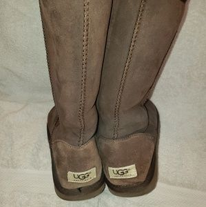 Uggs chocolate brown 9